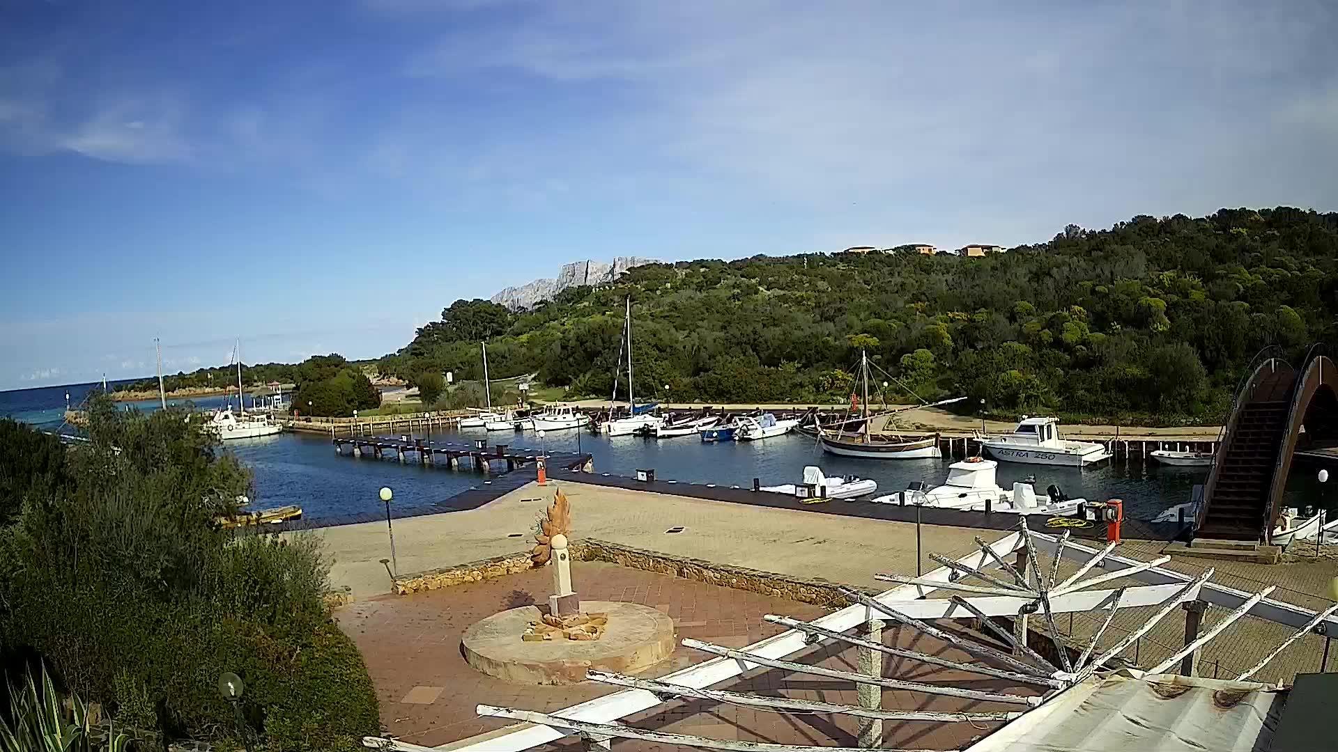 Webkamera Porto San Paolo: Porto di Costa Corallina − Olbia