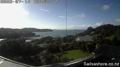 Daylight webcam view from Halfmoon Bay: Stewart Island Sails Ashore Webcam