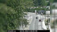 District of North Vancouver > North: , Hwy  (Upper Levels Highway) at Capilano Rd. looking north - Overdag