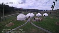 Jyrgalan > North: Jyrgalan Yurt Lodge - Overdag