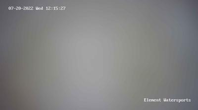 Daylight webcam view from الجونة: kitesurfing in el gouna