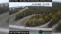Caboolture: Bruce Highway - Narangba - Boundary Road (looking south) - Overdag