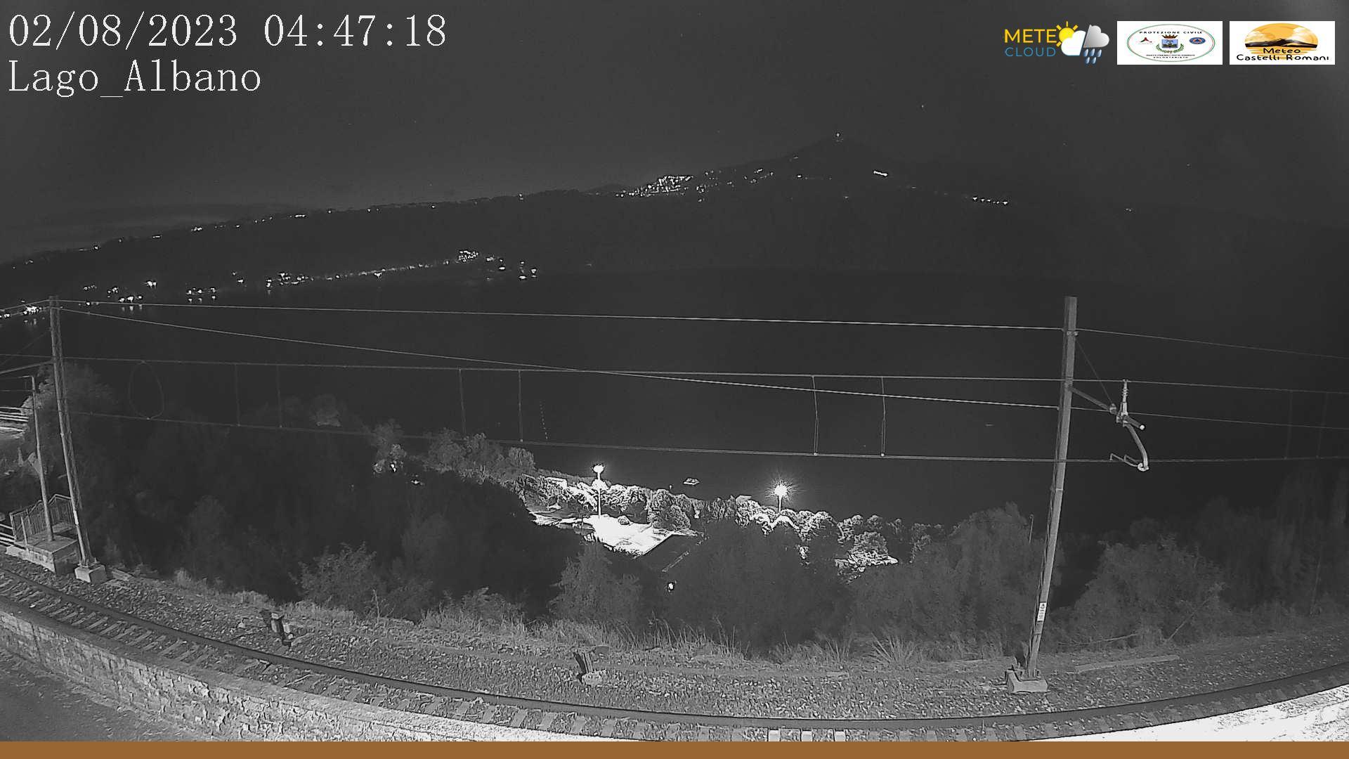 Webcam Castel Gandolfo › North-East: Lake Albano − Monte
