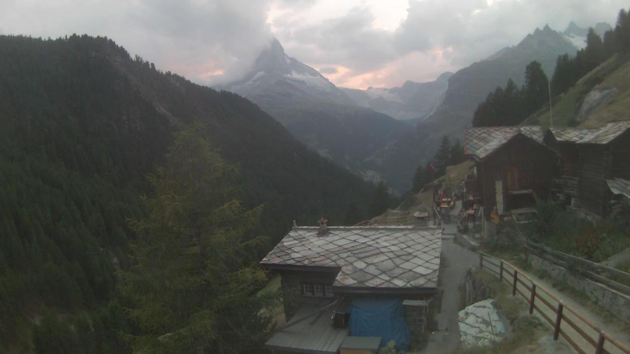 Webcam Fiery: Findeln − Matterhorn Zermatt