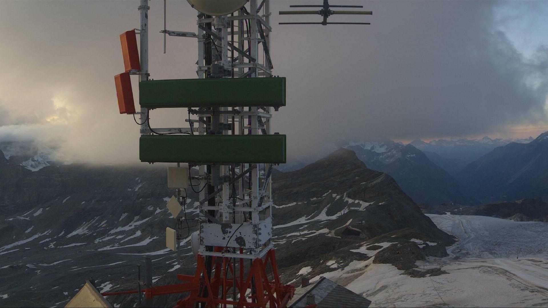 Webcam Breuil-Cervinia: Breuil − Plateau Rosa panomax-hd