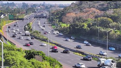 Daylight webcam view from Newmarket › West: SH16 Bond St Overbridge