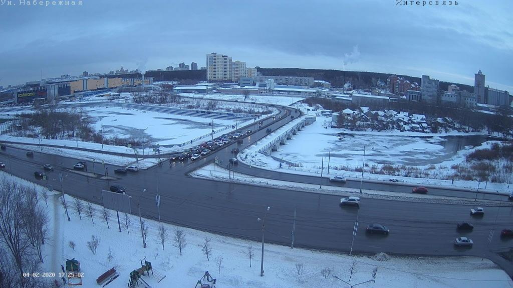 Webcam Chelyabinsk › South-East: ulitsa Universitetskaya
