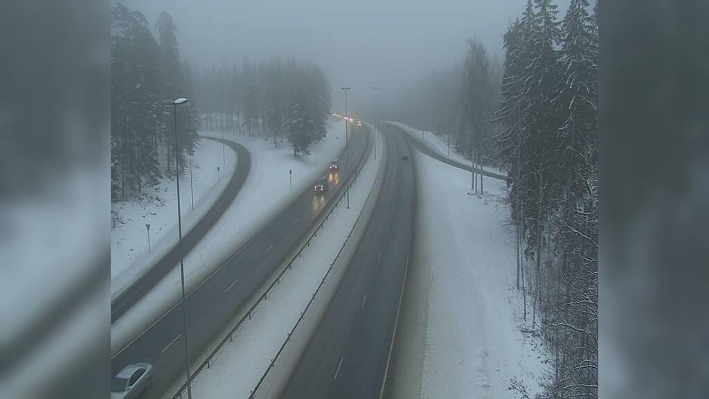 Webcam Kirkkonummi: Tie 1 Veikkola − Helsinkiin