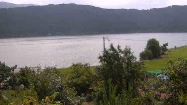 Веб-камера Shiotsu-hama: 余呉湖徳山鮓ライブカメラ
