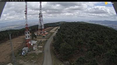 Daylight webcam view from Moncalvillo › North East: Sierra del Serradero