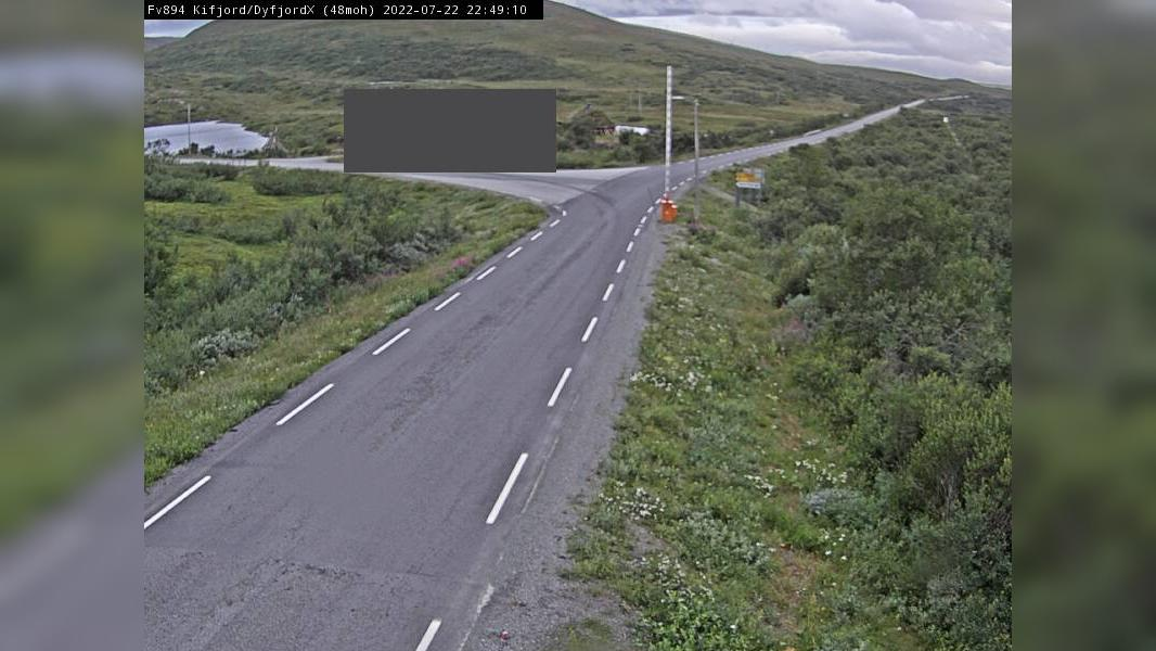 Webcam Kifjord: F894 − krysset (Kryss mot) − og Dyfjord