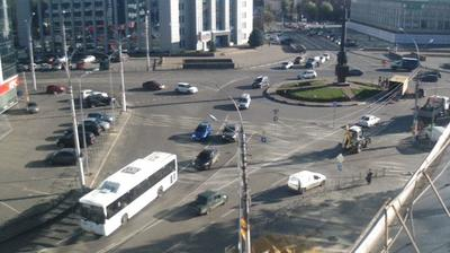 Webcam Lipetsk: Камера на площади Плеханова в Липецке