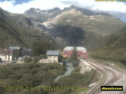 Obergoms: Gletsch mit dem Bahnhof der Dampfbahn Furka-Bergstrecke