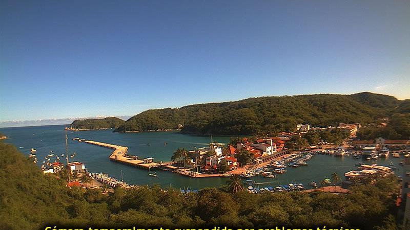 Webcam Bahía Santa Cruz › South: Bahia de Sta. Cruz Huatu