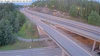 Stockholm: Tpl Skogås (Kameran är placerad på väg  Nynäsvägen i höjd med trafikplats Skogås och är riktad mot Nynäshamn)