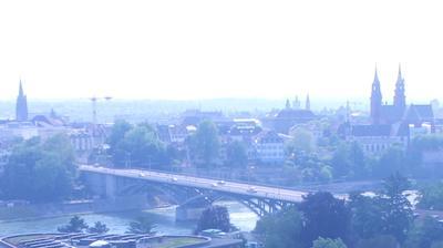 Birsfelden: Wettsteinbrücke - Basler Münster - Basel - Offene Kirche Elisabethen - Jura - Rhein