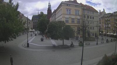Daylight webcam view from Legnica: Legnicki Rynek www − eu