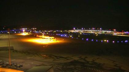 Kloten: Zurich Airport station - Zürich - Webcam Operation Center