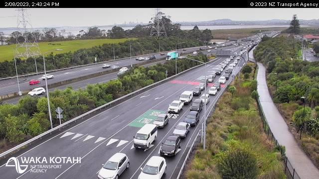 Webcam Auckland: NW3 Te Atatu Road