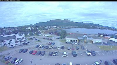 Daylight webcam view from Stokmarknes › North: Hallartind