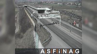 Daylight webcam view from Flandorf: S01, bei Anschlussstelle Korneuburg Nord, Blickrichtung Korneuburg − Km 51,75