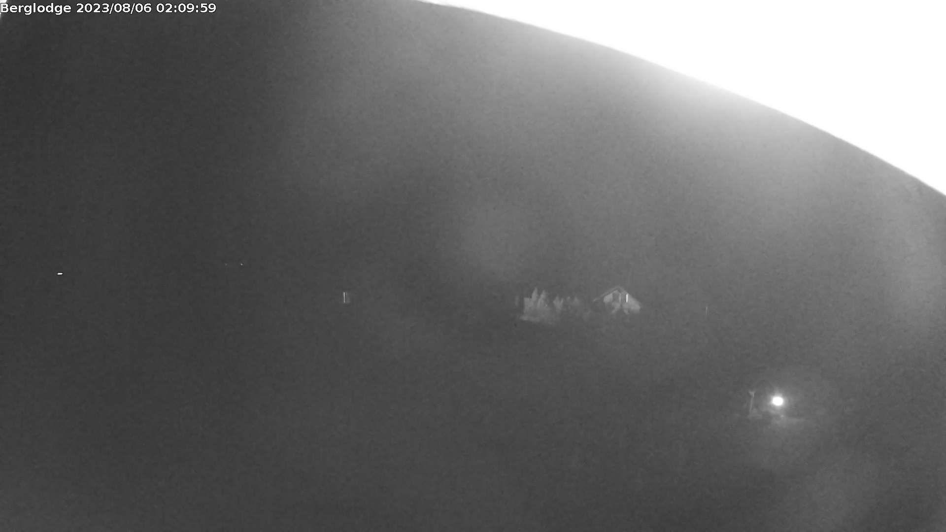 Innertkirchen: Hotel Steingletscher - Blick zur Steinalp Lodge und Giglistock