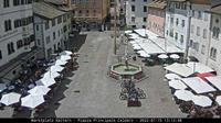 Kaltern an der Weinstrasse - Caldaro sulla Strada del Vino: Marktplatz Gemeinde Kaltern - Piazza Principale Comune di Caldaro - Dagtid