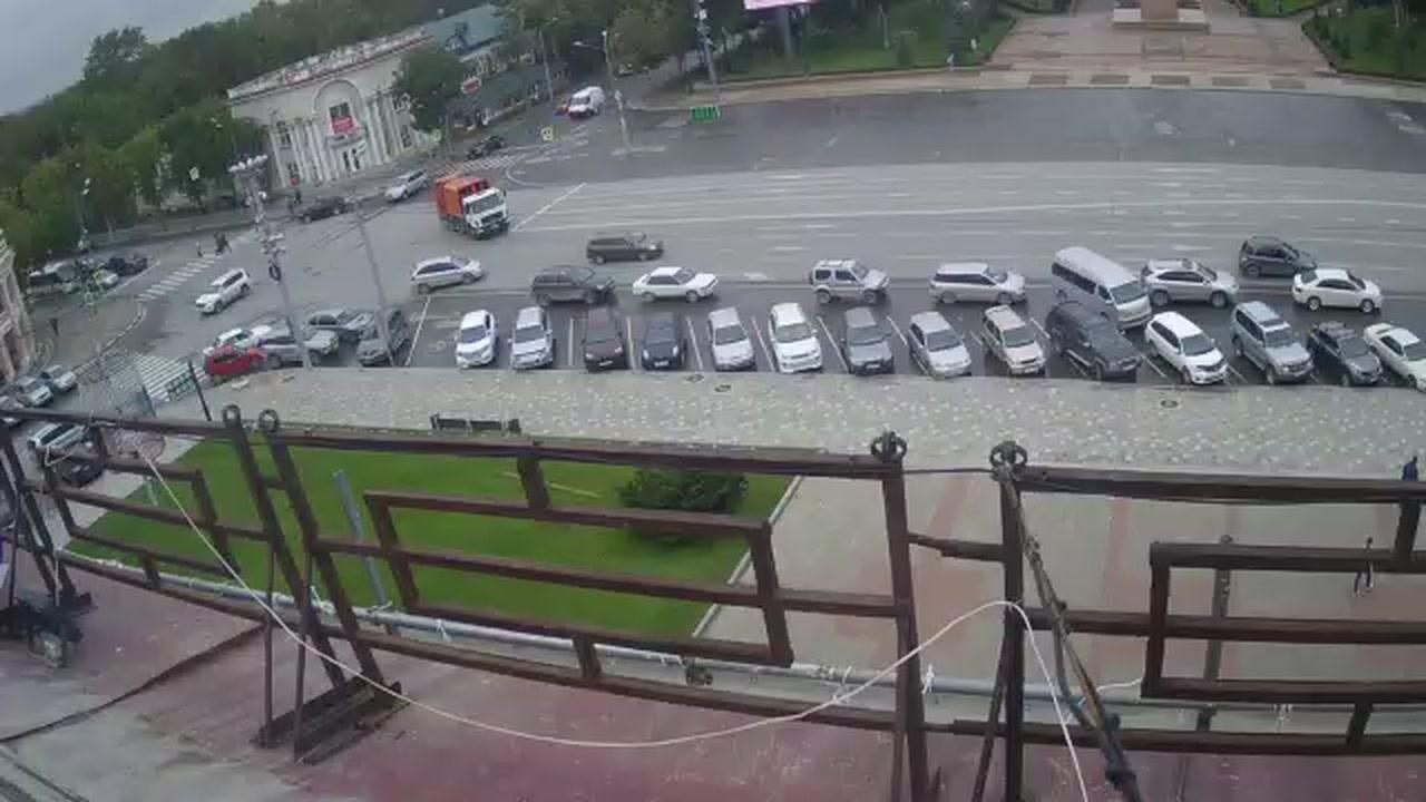 Webkamera Yuzhno-Sakhalinsk › West: Lenin Square