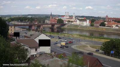 Daylight webcam view from Kaunas: Veiverių gatvė − Vytautas the Great Bridge