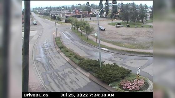 Webcam Smithers › East: Hwy 16 in − at Main Street, looki