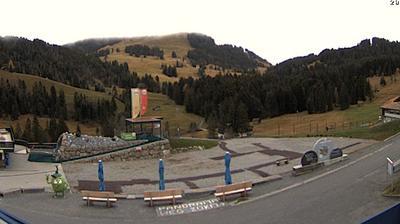 Sattel: Bergstation Mostelberg - Richtung Mythen