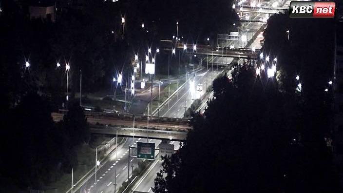 Webcam Tošin Bunar: Belgrade Live − Autoput Novi Beograd