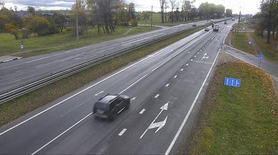 Daylight webcam view from Shchitomirichi: Schitomirichi R23 12.6 km