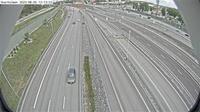 Skarholmens stadsdelsomrade: Sk�rholmen (Kameran �r placerad p� E/E S�dert�ljev�gen mellan trafikplats Lindvreten norra och trafikplats Kungens kurva och �r riktad mot Stockholm) - Day time
