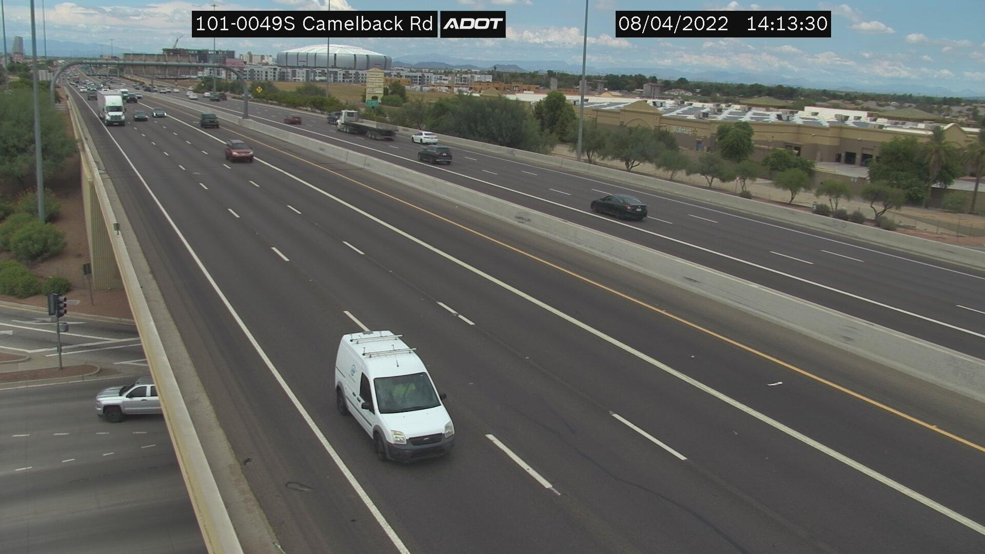Webcam Liberty Village: Loop 101 South at Camelback Rd