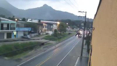 Webcam Caiobá: Rodovia PR-412 − Avenida Juscelino K. de O