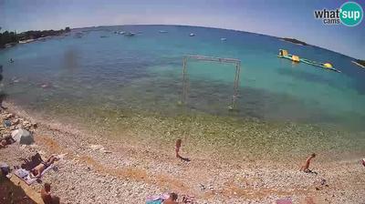 Crnibek: Mon Perin - beach