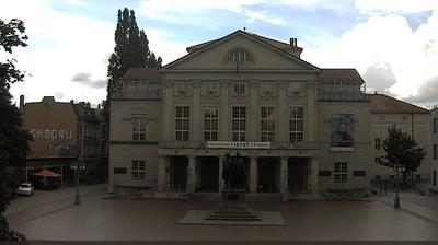 Weimar: Theaterplatz mit Goethe-Schiller-Denkmal