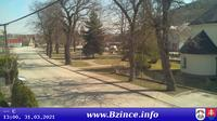 District of Nov� Mesto nad V�hom: Bzince pod Javorinou - Park - Overdag