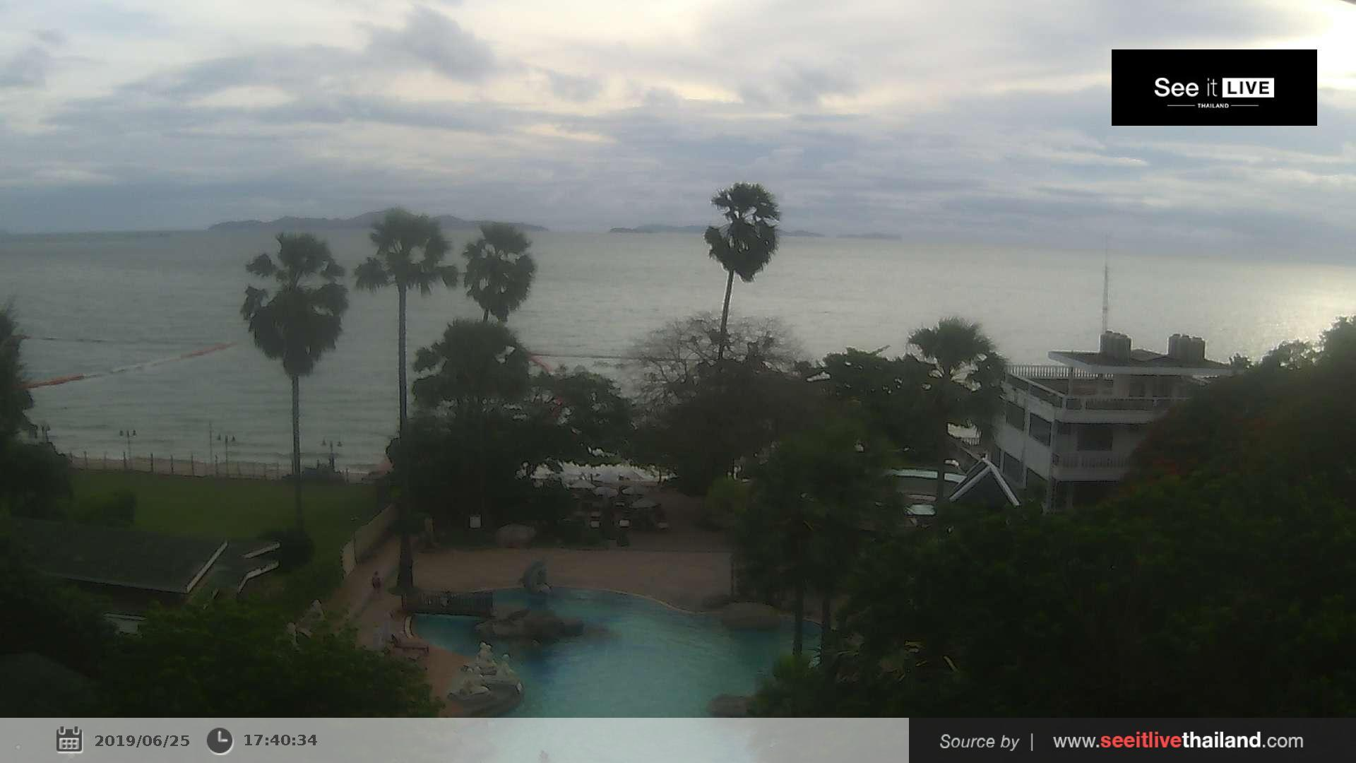 Webcam บ้านพัทยาเหนือ: Pattaya − Long Beach Garden Hotel
