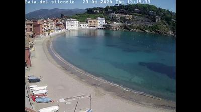 Daylight webcam view from Sestri Levante: Baia del Silenzio