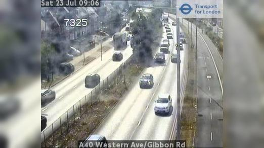 Webcam Acton: A40 Western Ave/Gibbon Rd