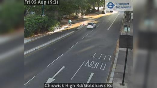 Webcam Acton: Chiswick High Rd/Goldhawk Rd