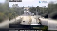 London: THE PARKWAY - UXBRIDGE ROAD - Jour