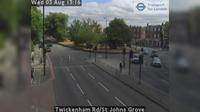 London: Twickenham Rd/St Johns Grove - Jour