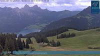 Ultima vista de la luz del día desde Haldensee: Tannheim, Neunerköpfle Bergstation, Blick auf den