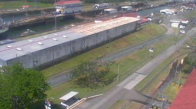 Daylight webcam view from Gatún Locks: Colón