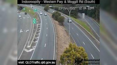 Daylight webcam view from Indooroopilly: Western Freeway & Moggill Road (looking South)