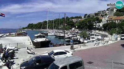 Daylight webcam view from Brela: marine