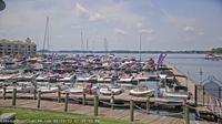 Cornelius: Vineyard Point Marina - Lake Norman - Day time